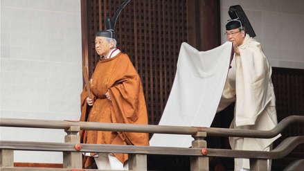 El emperador Akihito participó de un ritual sintoísta previo a su abdicación al Trono de Crisantemo