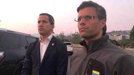 Leopoldo López fue liberado de arresto domiciliario por militares leales a la oposición y Juan Guaidó convoca a movilización