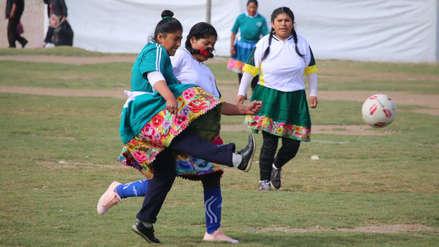 Las postales que dejó el campeonato 'Fútbol con polleras' en Huancayo
