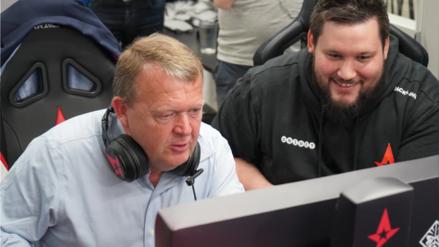 Primer ministro de Dinamarca se reunió con jugadores profesionales de Counter Strike y jugó con ellos