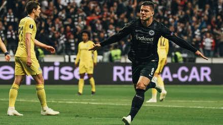 ¡El delantero que Real Madrid quiere fichar! Así fue el golazo de Luka Jovic en la Europa League