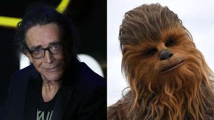 """""""Era el más amable de los gigantes"""": Actores de Star Wars se despiden de Peter Mayhew"""