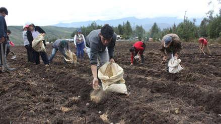 Agricultores anuncian paro nacional para el 13 de mayo