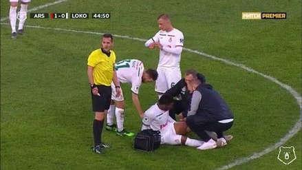 Jefferson Farfán se retiró lesionado del partido de Lokomotiv y enciende las alarmas en La Videna