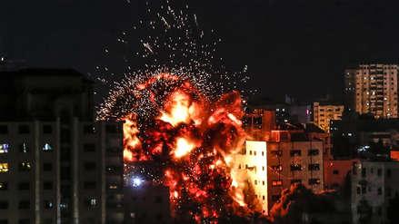 Las impactantes imágenes del bombardeo con 200 cohetes de Israel a Gaza