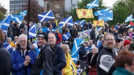 Miles de personas demandan en Escocia un nuevo referéndum de independencia del Reino Unido