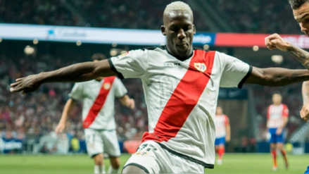 Oficial: El Rayo Vallecano de Luis Advíncula descendió a la Segunda División de España