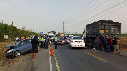 Cuatro personas murieron en múltiple choque vehicular en Trujillo