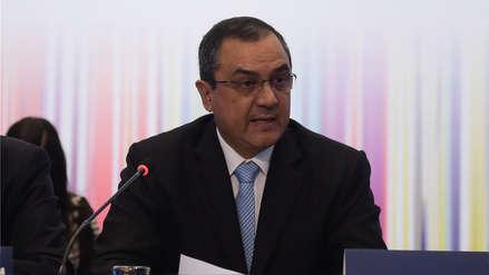 Ministro de Economía: Desde hoy empresas deben adaptarse a Ley antielusiva