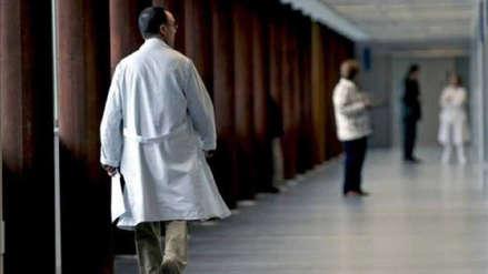 Un médico es condenado a 10 años de prisión por abusos sexuales contra 50 niños