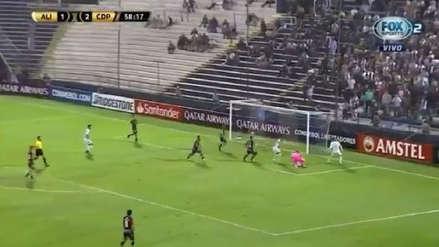 ¡Doble atajada! La gran reacción del portero de Palestino para negarle el segundo gol a Alianza Lima