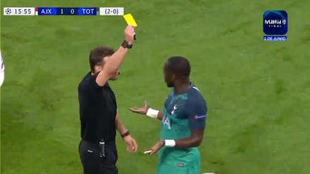 ¡Y la negó! La fuerte entrada de Moussa Sisoko que le valió una amarilla