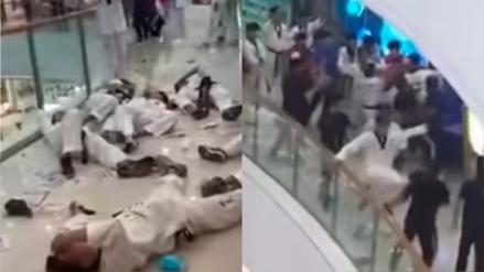 [Video] ¡De película! Estudiantes rivales de Kung Fu y Taekwondo libran brutal pelea en centro comercial