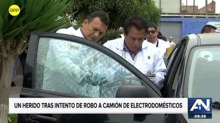 Delincuentes desatan una balacera en el intento de asalto a un camión cargado de electrodomésticos