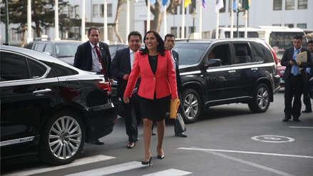 La ministra Flor Pablo es interpelada en el Congreso por el caso de textos escolares