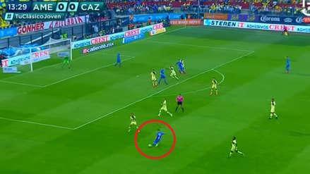 Yoshimar Yotún provocó penal que terminó en gol para Cruz Azul ante América