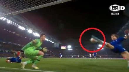 Chelsea: la milagrosa salvada de David Luiz en el partido ante Eintracht Frankfurt por la Europa League