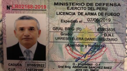 Daniel Urresti muestra licencia para armas de fuego: