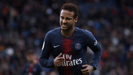 Neymar recibió dura sanción por agredir a un aficionado tras derrota de PSG
