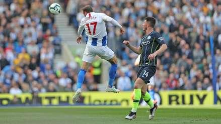 El gol del Brighton que mantiene en suspenso el título de la Premier League