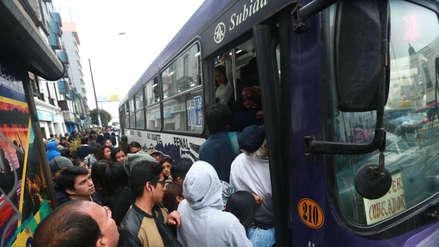 Indecopi: ¿Qué hacer si en el bus no respetan el medio pasaje?