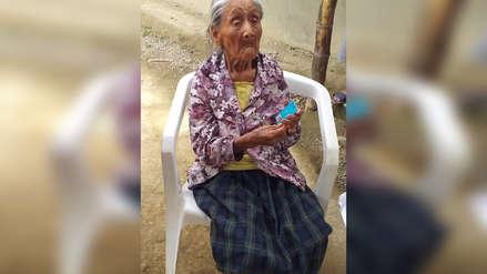 La anciana que se pasó casi 100 años sin documentos, ya tiene su DNI