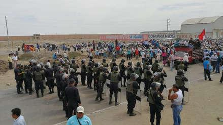 Lambayeque | Agricultores bloquean carretera Panamericana e impiden paso hacia el norte y nororiente