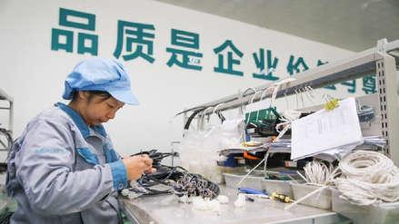 La producción industrial china ralentiza su crecimiento al 5,4 % en abril