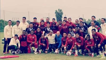 Universitario de Deportes: Gian Marco visitó al equipo en Campo Mar y tuvo charla con los jugadores