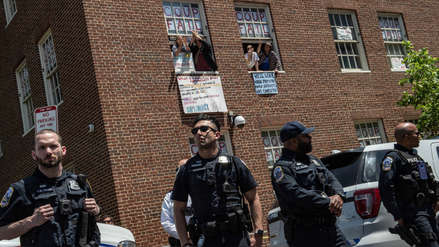 Policía de EE.UU. ingresó a la embajada de Venezuela y detuvo a activistas pro Nicolás Maduro