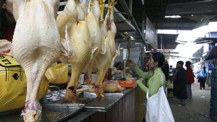 Precio del pollo llega hasta los S/9.00 por kilo en los mercados de Lima