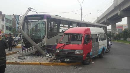 San Juan de Lurigancho | Choque de un bus del corredor morado con una combi dejó 35 heridos