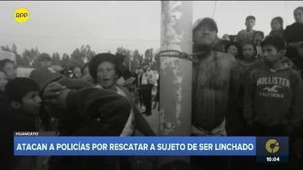 Huancayo: Policía recibió lluvia de piedras al rescatar a hombre que iba a ser linchado [VIDEO]