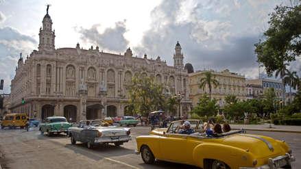 Un auto 'almendrón' se subió a la acera, mató a tres personas y dejó más de 30 heridos en La Habana