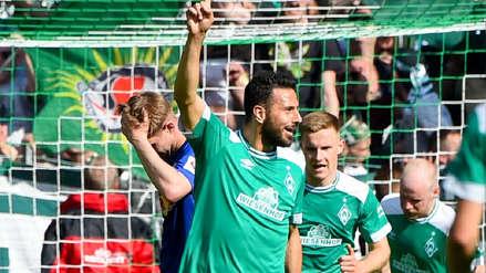 ¡No para de anotar! Claudio Pizarro volvió a marcar un gol en goleada de Werder Bremen en amistoso