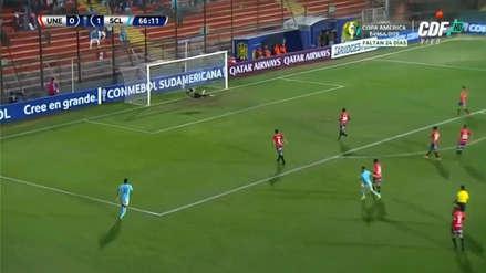 ¡La clavó en el ángulo! El golazo de Cristian Ortiz para poner el 2-0 de Sporting Cristal ante Unión Española