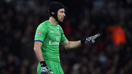 Petr Cech volverá la próxima temporada al Chelsea y no como jugador, según prensa inglesa