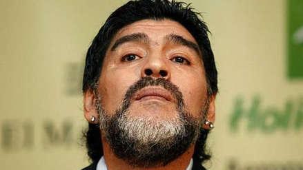 Diego Maradona viaja a Argentina para someterse a una cirugía