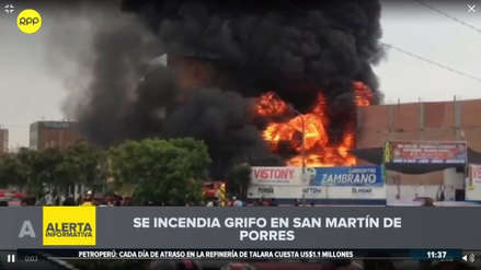 Bomberos atienden incendio en taller mecánico cerca de un grifo en San Martín de Porres