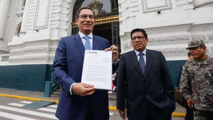 Ejecutivo deja abierta la posibilidad de una cuestión de confianza por proyectos de reforma política