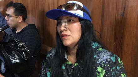 Ellas somos todos | Mujer se lanzó del segundo piso para evitar ser asesinada por su ex pareja en Arequipa