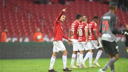Paolo Guerrero anotó doblete en el triunfo de Internacional por 3-1 ante Paysandú por la Copa de Brasil