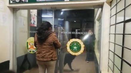 Asaltan a choferes y pasajeros de ocho vehículos en una sola noche en La Libertad