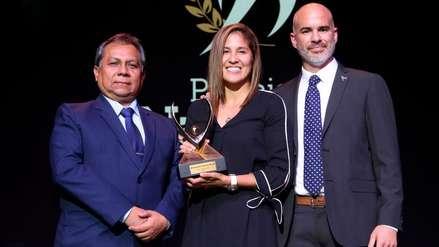 Alexandra Grande y Lucca Mesinas fueron elegidos los mejores deportistas del año