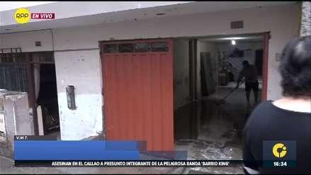Villa María del Triunfo | Desagüe colapsa y afecta viviendas tras intensa llovizna [VIDEO]
