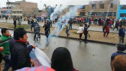 11 fotos que dejó el enfrentamiento entre la Policía y los vecinos de Carabayllo que protestan por agua