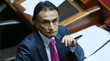 Héctor Becerril presentó proyecto para destituir a fiscales que filtren información reservada