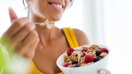 Cinco alimentos clave que toda mujer debe consumir
