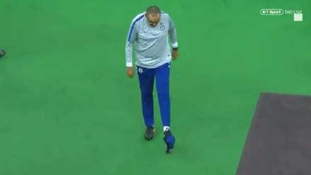 ¡No aguantó más! Maurizio Sarri se retiró de práctica del Chelsea tras pelea entre Higuaín y David Luiz