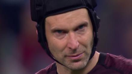 Las lágrimas de la derrota de Petr Cech en su partido de despedida